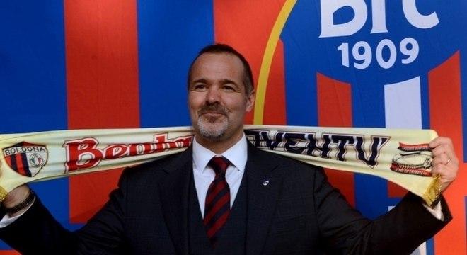 Joey Saputo, o dono do Bologna