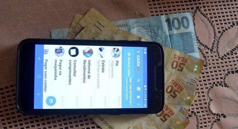 Segunda parcela para os nascidos em abril somará R$ 488,2 milhões, diz governo