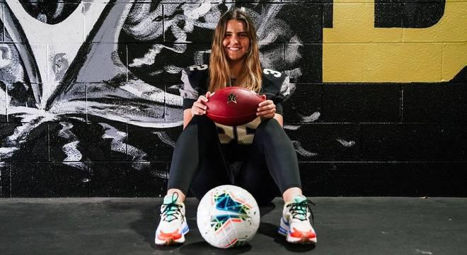 Sarah Fuller, de 21 anos, é goleira e kicker dos times da universidade de Vanderblit