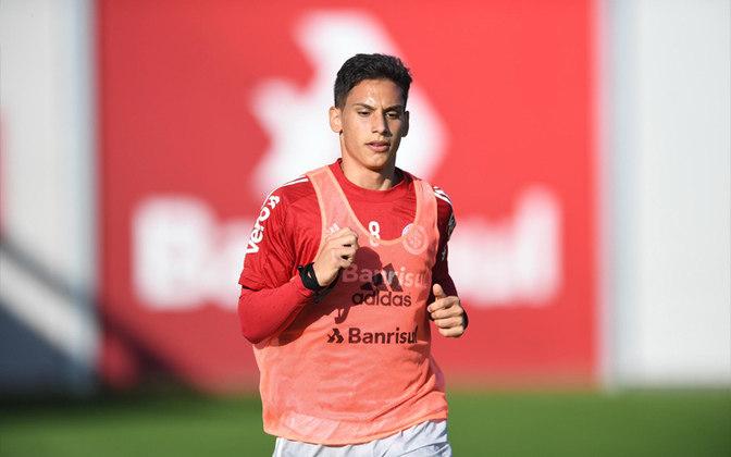 Sarrafiore - O argentino foi contratado para ser, aparentemente, opção ofensiva no meio-campo. Deve disputar vaga com Marquinhos Gabriel.