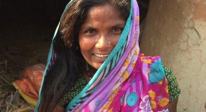 Logo após o nascimento do filho, Sarvesha Devi disse que teria morrido se não fosse a ajuda de sua sogra