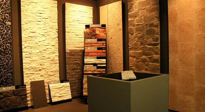 Exposição de amostras da cerâmica de Sassuolo