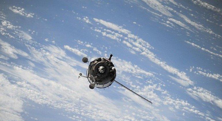 Satélite será benéfico para estudo e para ajudar no futuro de viagens para o espaço
