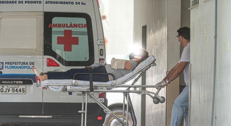 Secretaria de Saúde de SC adota novos critérios de triagem aos pacientes com covid-19