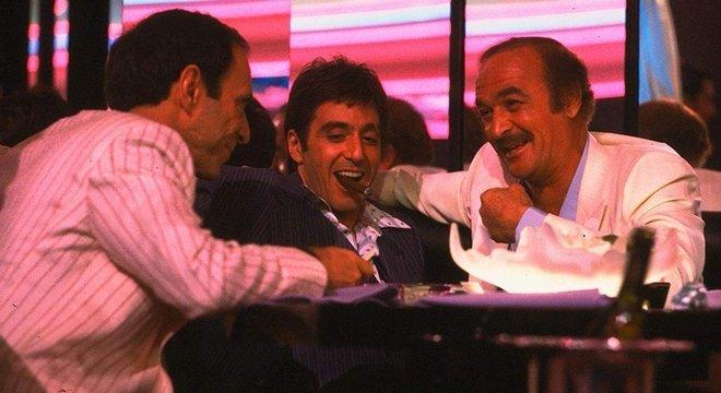 O hotel Mutiny de Miami era o local de noitadas alucinantes que contavam com a presença de narcotraficantes, celebridades e políticos, no final dos anos 70 e 80. O filme Scarface faz alusão a esse 'oásis do prazer'