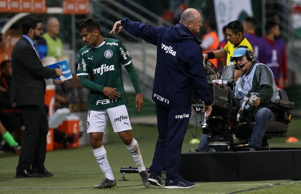 Com Felipção, no Cruzeiro, Scarpa pode ter o protagonismo que o Palmeiras nega