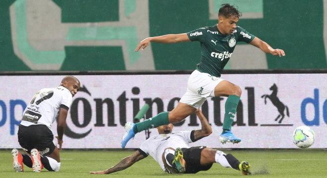 Gustavo Scarpa. O novo lateral esquerdo do Palmeiras