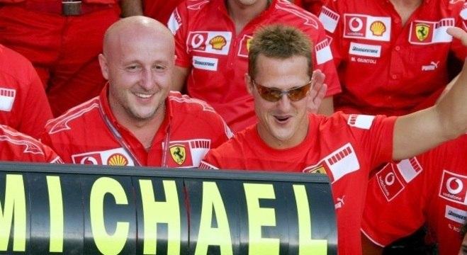 Schumacher é heptacampeão de Fórmula 1
