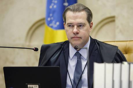 Toffoli enviou o assunto para a análise do plenário da Corte