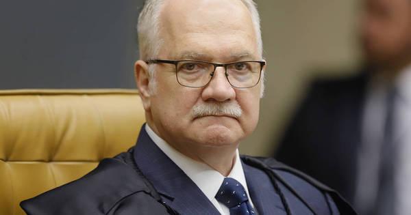 Fachin pede explicações a Bolsonaro sobre nomeação de reitores