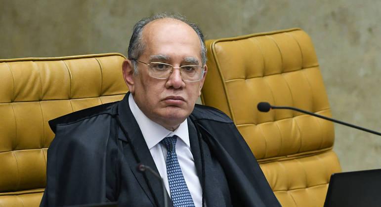 Ministro Gilmar Mendes durante sessão plenária do STF