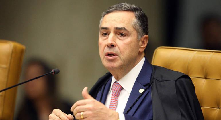 Ministro Roberto Barroso durante sessão administrativa do STF
