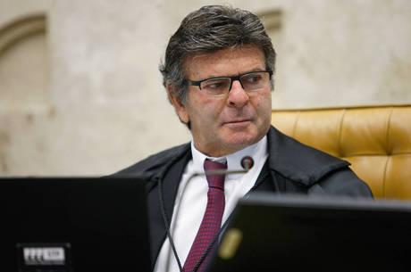 Fux pautou julgamento a pedido de Barroso