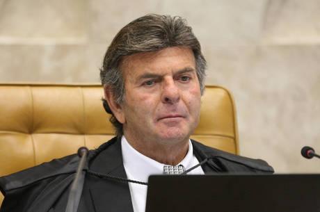 Fux conduz no STF agenda de contraponto ao Planalto