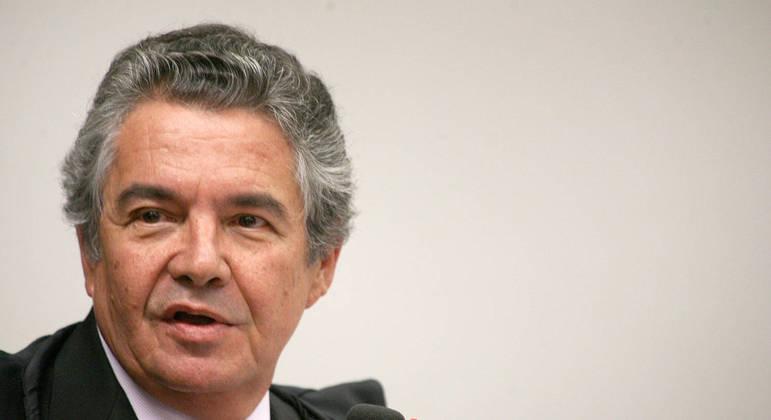 Ministro Marco Aurélio Mello completa 75 em 12 de julho, que seria a data limite para aposentadoria