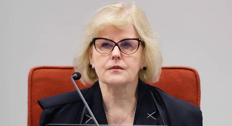 Ministra Rosa Weber cobrou manifestação do presidente da CPI, senador Omar Aziz, a respeito da convocação de governadores