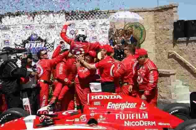 Scott Dixon soma seis títulos na Indy