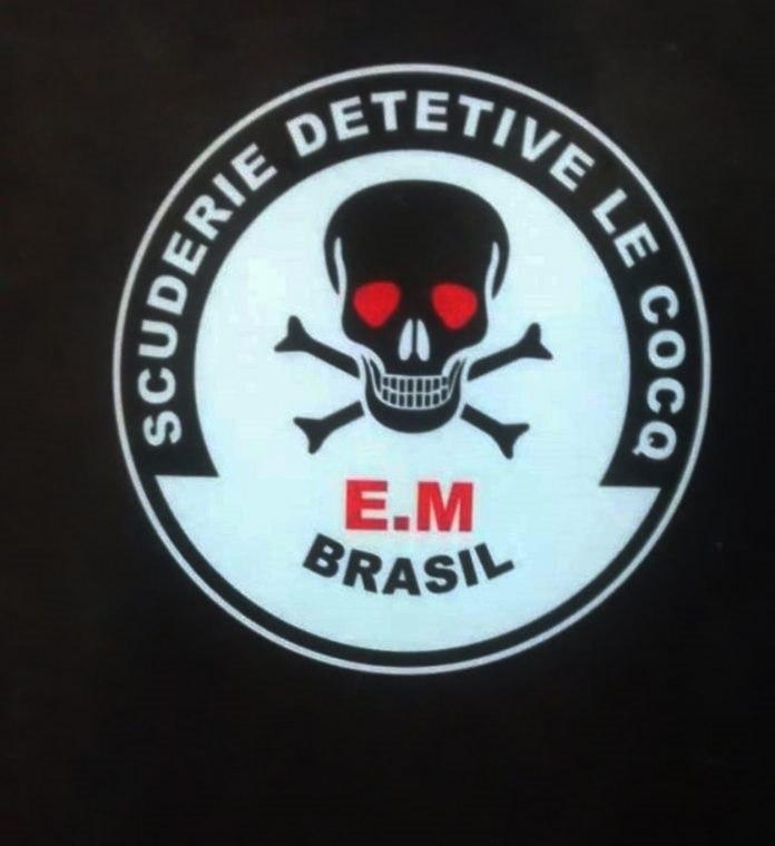 EM do símbolo da Le Cocq é de Esquadrão Motorizado, e não da Morte, como muitos pensam