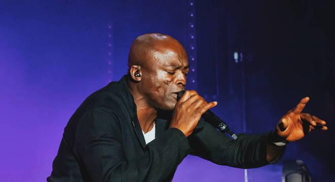 Seal se apoia em carisma e Xênia França para conquistar Rock In Rio