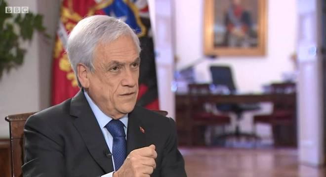 Presidente do Chile, Sebastián Piñera, disse à BBC que não vai renunciar em razão dos protestos do país