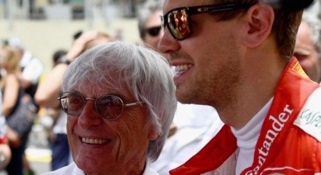 Ecclestone acredita que o piloto alemão, ex-Ferrari, sonha com a Merdeces