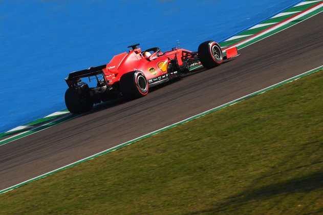 Sebastian Vettel chegou a escapar da pista na classificação e não foi para o Q3