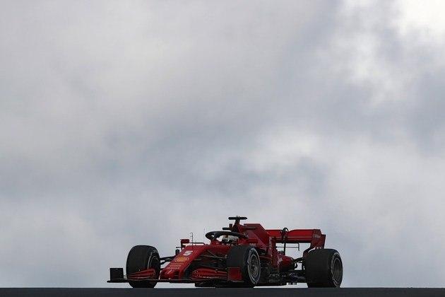 Sebastian Vettel ficou com a sexta melhor posição no segundo treino livre em Portimão