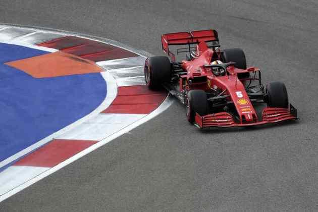 Sebastian Vettel larga apenas em 15º no GP da Rússia