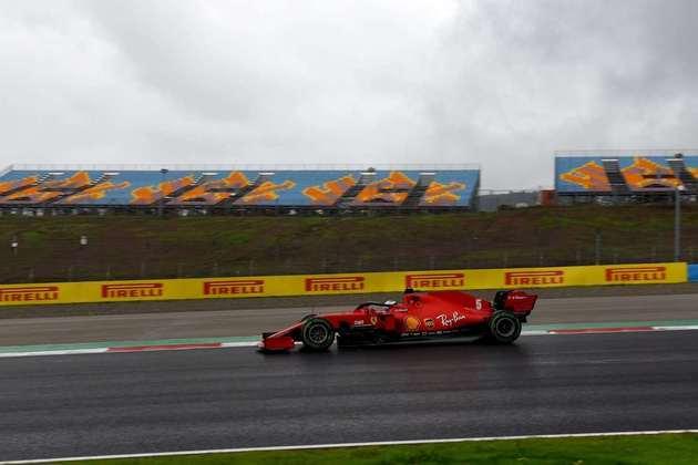 Sebastian Vettel sai em 11º na Turquia .