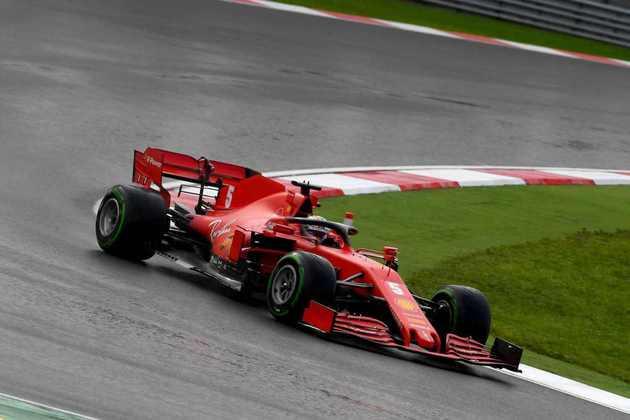Sebastian Vettel subiu ao pódio com o terceiro lugar.