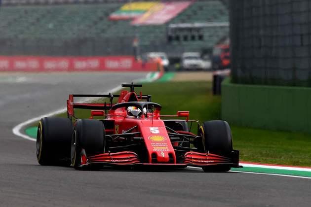 Sebastian Vettel teve mais uma corrida dura e terminou apenas em 12º