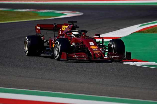 Sebastian Vettel teve problemas no TL2 e ficou apenas em 12º