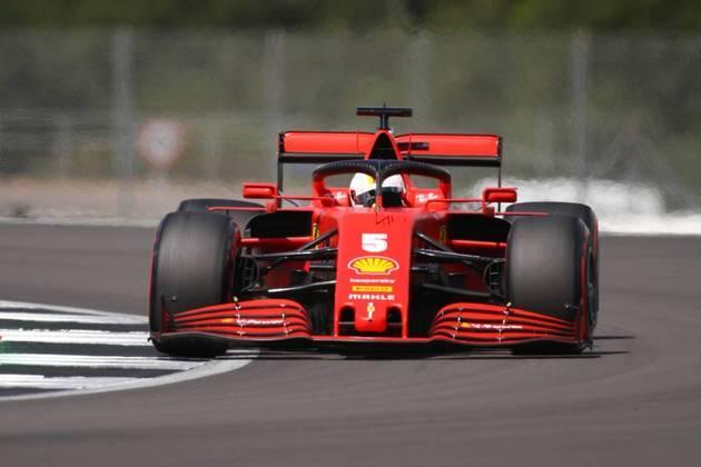 Sebastian Vettel voltou a chegar no Q3, mas ficou apenas em décimo