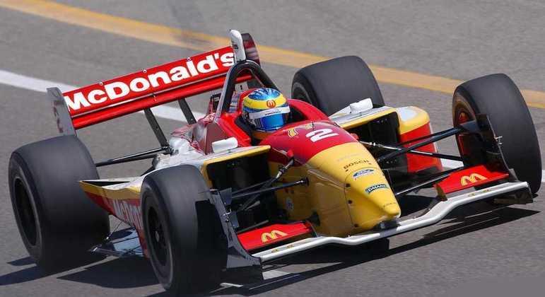 Sebastien Bourdais conquistou o título de 2004 da Champ Car pela Newman Haas