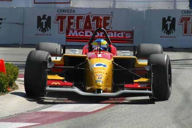 Sébastien Bourdais conquistou o título de 2005 da Champ Car pela Newman Haas