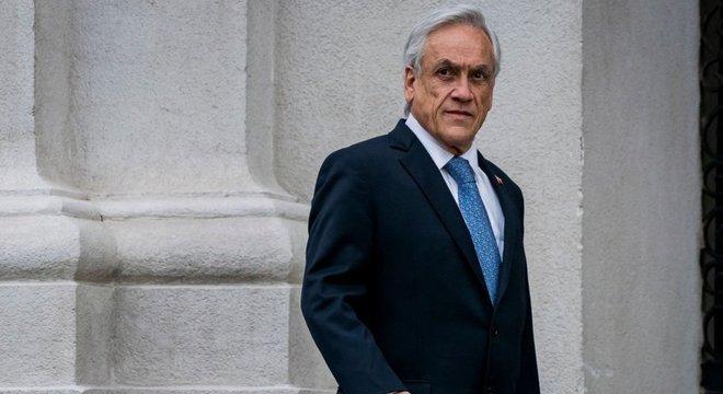Críticos dizem que o presidente do Chile, Sebastián Piñera, demorou a reagir às manifestações