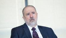 Aras pede ao STF abrir inquérito sobre conduta de Pazuello no AM