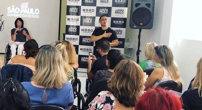 Secretária Célia Leão participa de evento sobre moda inclusiva em Santos (SP)