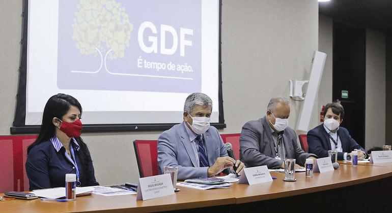 Secretário de Saúde do DF, general Manoel Luiz Narvaz Pafiadache