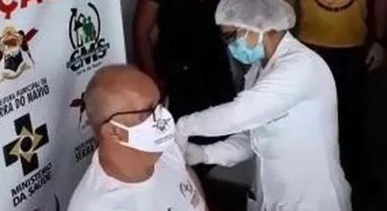 MP-AP investiga se secretário de saúde de Serra do Navio furou fila da vacinação contra covid
