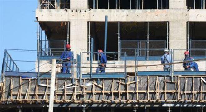 Segundo levantamento da Fiepe, segmento já sofre com dificuldades e empregabilidade pode cair no setor
