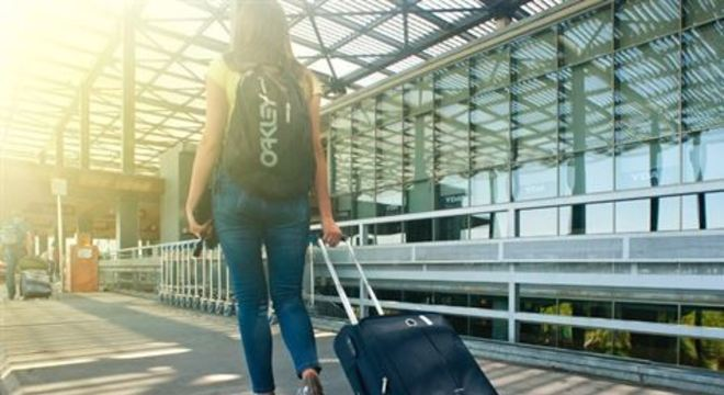 Segundo uma pesquisa feita pelo Booking, 38% das mulheres nunca viajaram sem companhia. Para 17%, o medo é o maior impeditivo