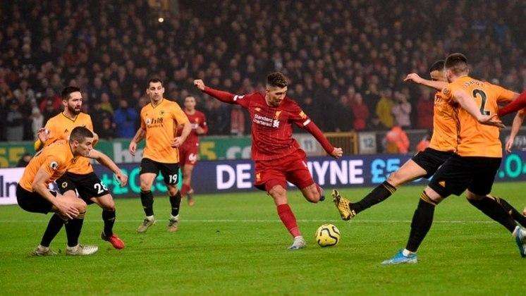 Segundo uma reportagem da imprensa internacional, o nome de Roberto Firmino estava circulando pelo Liverpool desde que ele foi do CRB para o Figueirense.