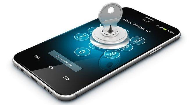 Verificação em duas etapas com inclusão de senha pode aumentar proteção de dados trocados no Telegram e no WhatsApp, mas existem outras formas de interceptar mensagens