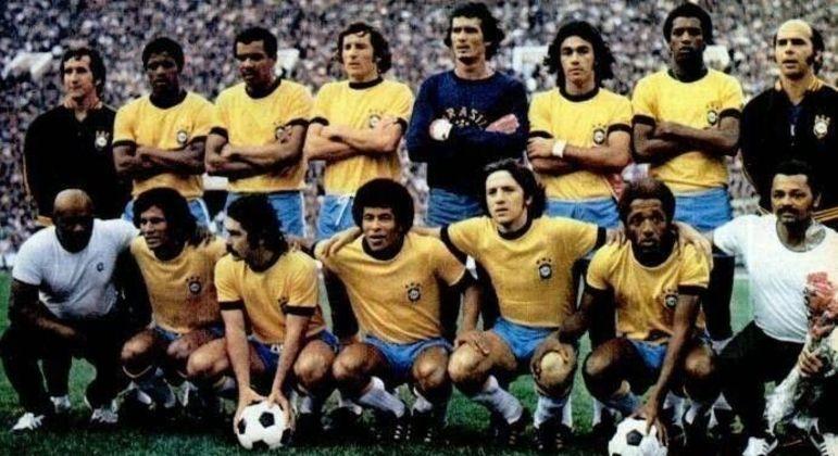 Em 1973, o lateral direito do Corinthians, o zagueiro central do Palmeiras etcetera e tal