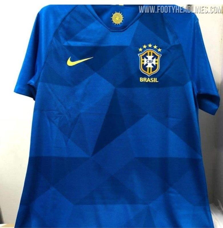 Relembre camisas históricas da seleção brasileira em Mundiais - Fotos - R7  Copa 2018 dc260e16d6ca9