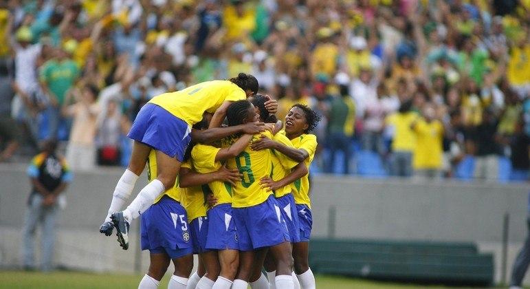Seleção feminina de futebol terá China, Zâmbia e Holanda como rivais