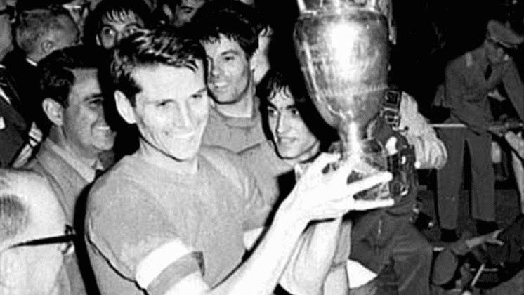 Seleção italiana: um título (1968) / dois vices (2000 e 2012)