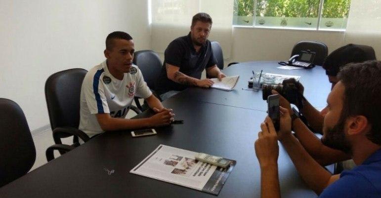 Sem muitas oportunidades no Corinthians, o atacante Luidy foi emprestado ao CRB até dezembro deste ano, mesmo período que termina seu contrato com o Corinthians.