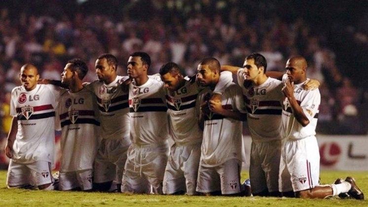 Semifinalista da Libertadores (2004) - No ano seguinte, fez boa campanha na competição continental e foi semifinalista, perdendo para o Once Caldas.